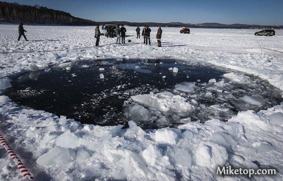 Meteorit Meteoriteneinschlag Tscheljabinsk See Impact Udssr Sowjetunion Miketop