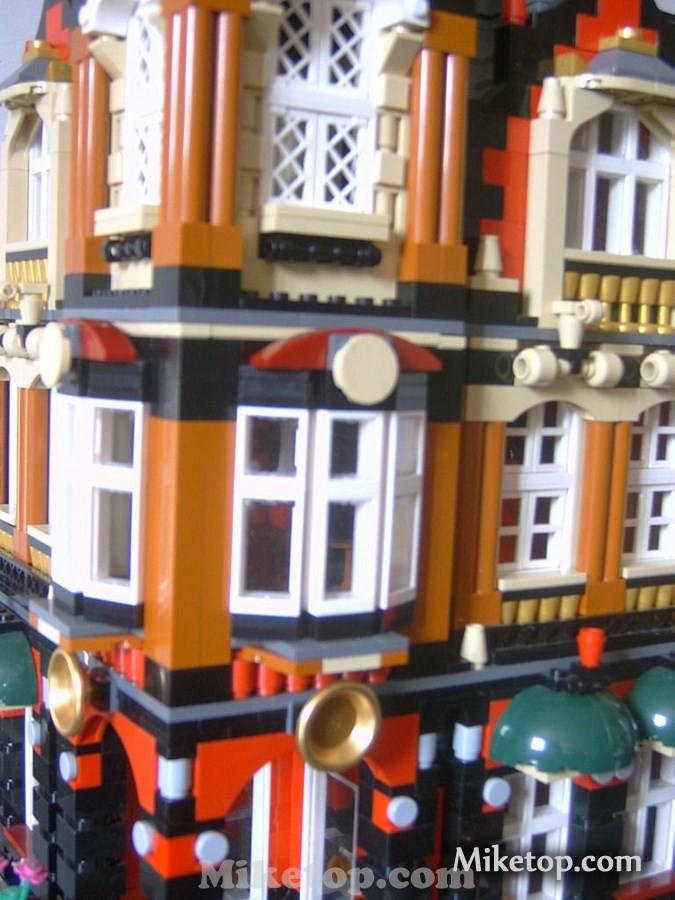 2015 Lego Modular Building